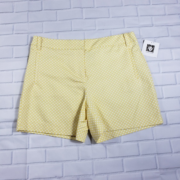 59f7b165ee52c Women's Anne Klein Yellow Print Shorts Size 6 NWT